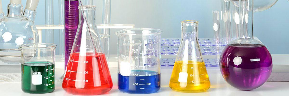 instrumentos de un laboratorio de química tipos