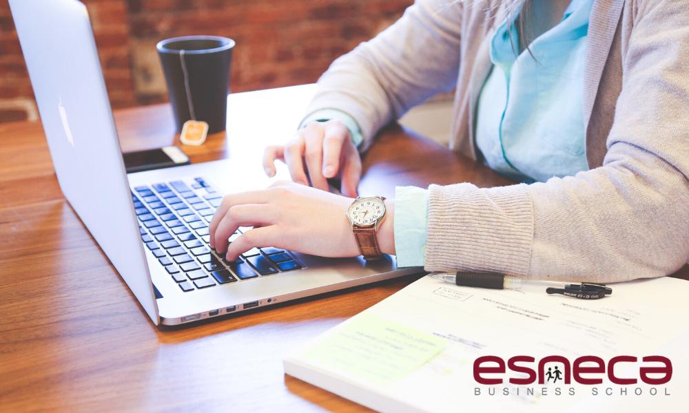 Las ventajas de estudiar online con Esneca Business School