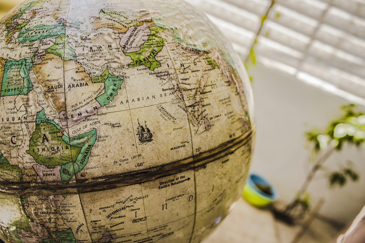 ¿Qué es un globo terráqueo interactivo